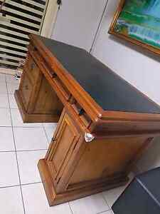 Solide wood computer desk for sale $120 Bass Hill Bankstown Area Preview