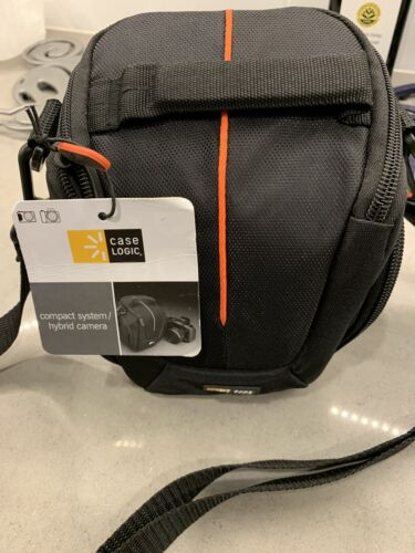 Case Logic DCB-304 Compact System/Hybrid Camera Case  Fast F