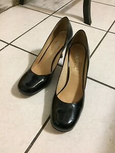 Black patent leather kitten heels - from Boutique Made in Brazil