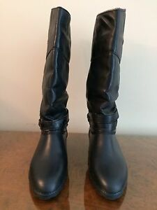 Ladies warm winter boots