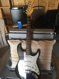 Electric guitar good condition
