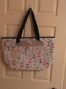 NWT thirty-one thermal