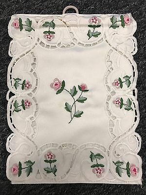 12 Pieces Handmade Rosebud Embroidered Embroidery Toilet Tissue Roll Holder
