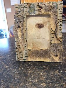 Wolf picture frame