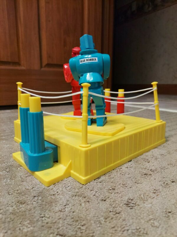 Rock Em Sock Em Robots 2001 Classic Vintage Boxing Toy Game Mattel Red Blue