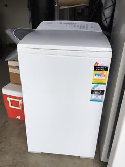 Fisher & Paykel 5.5kg Washing Machine in Good Condition