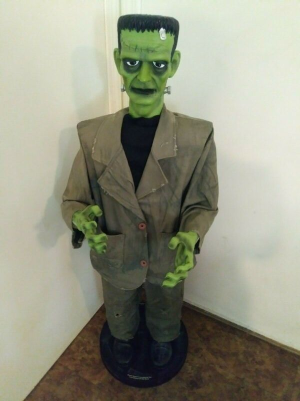 """VINTAGE HALLOWEEN 2003 ANIMATED DANCING FRANKENSTEIN (50"""" TALL & COLLAPSIBLE)"""