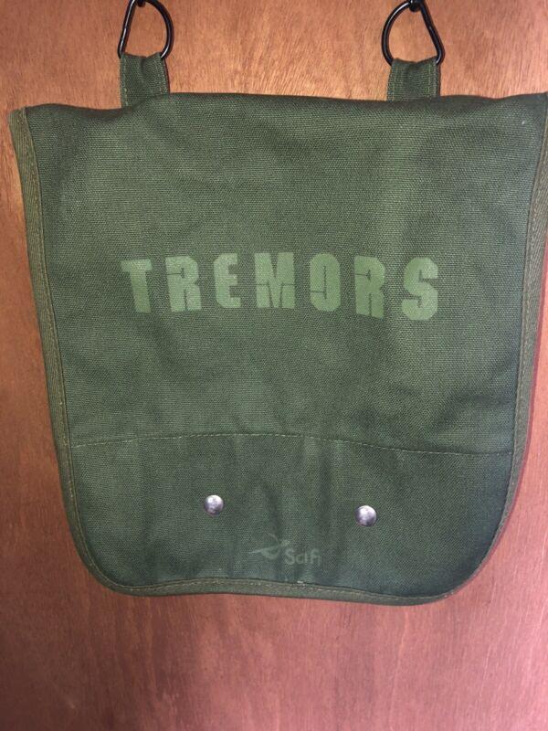 TREMORS BURT GUMMER SERIES SURVIVAL POUCH PROMOTIONAL VINTAGE Bag 2002