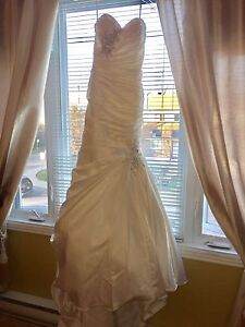 Wedding dress for sale 400$