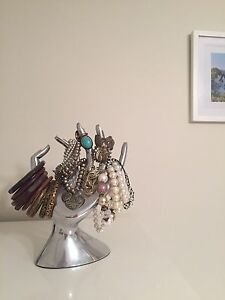 Ring and jewellery holder Clarence Gardens Mitcham Area Preview
