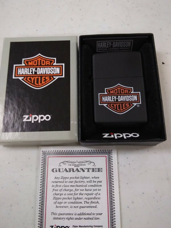 NOS Harley Davidson Zippo. Vintage design- Black w/ classic Bar & Shield