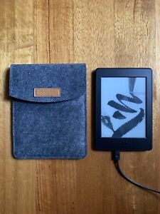 """Kindle Paperwhite, 6"""" Display (300 ppi) with Built-in Light, Wifi"""