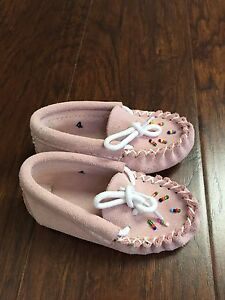Baby Moccasins Size 4