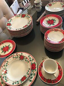Christmas holiday dishes. 10 place settings. Dish set