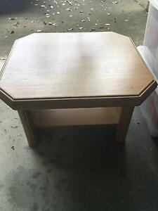 Pine coffee table Yeronga Brisbane South West Preview