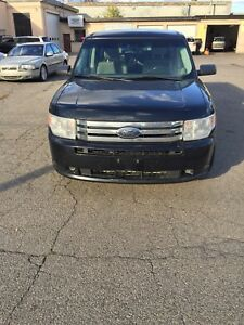 2010 Ford Flex all original certified low kms $5995