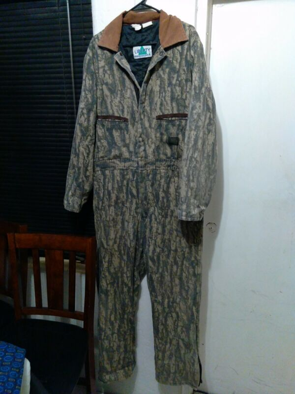 Vintage insulated Liberty Mossy Oak breakup Camo Coveralls Size Large long USA