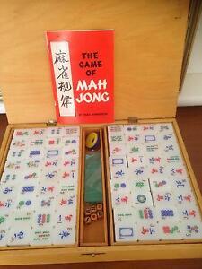 Mahjong set Floreat Cambridge Area Preview