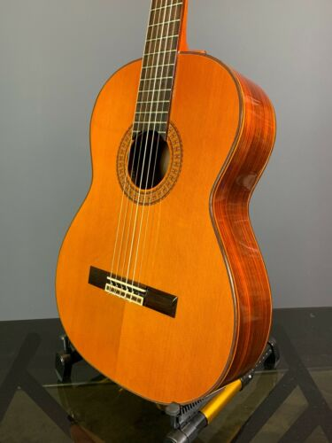 Takamine C-136S Classical Guitar in SUPERB condition Hand Made in Japan 1976