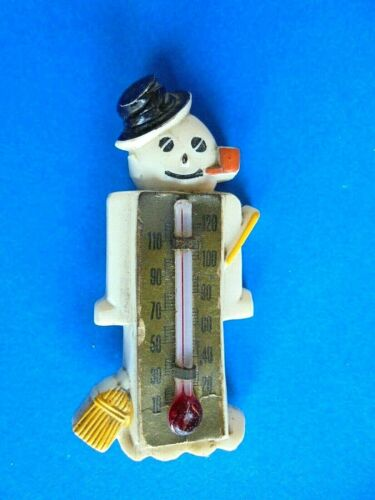 Vintage Figural Snowman Hard Plastic Thermometer Christmas Pin