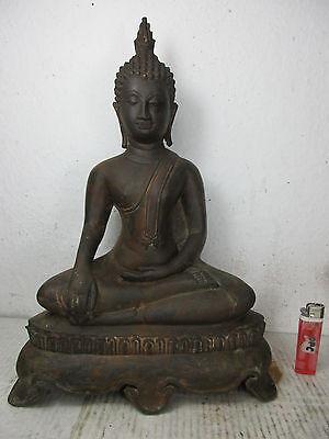 alter Bronze Buddha mit dunkler antiker Patina  Thailand original vor 1960 38cm