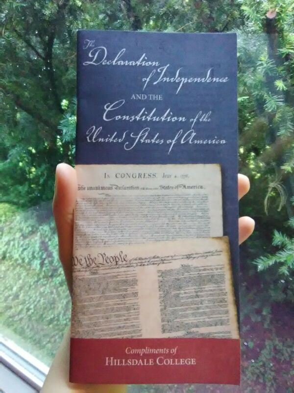 """Pocket Constitution """"the Declaration Of Independence And The Constitution"""" New"""