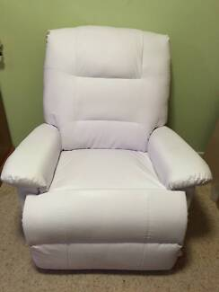 Comfortable PU Leather Massage Chair Recliner with Remote Wantirna South Knox Area Preview