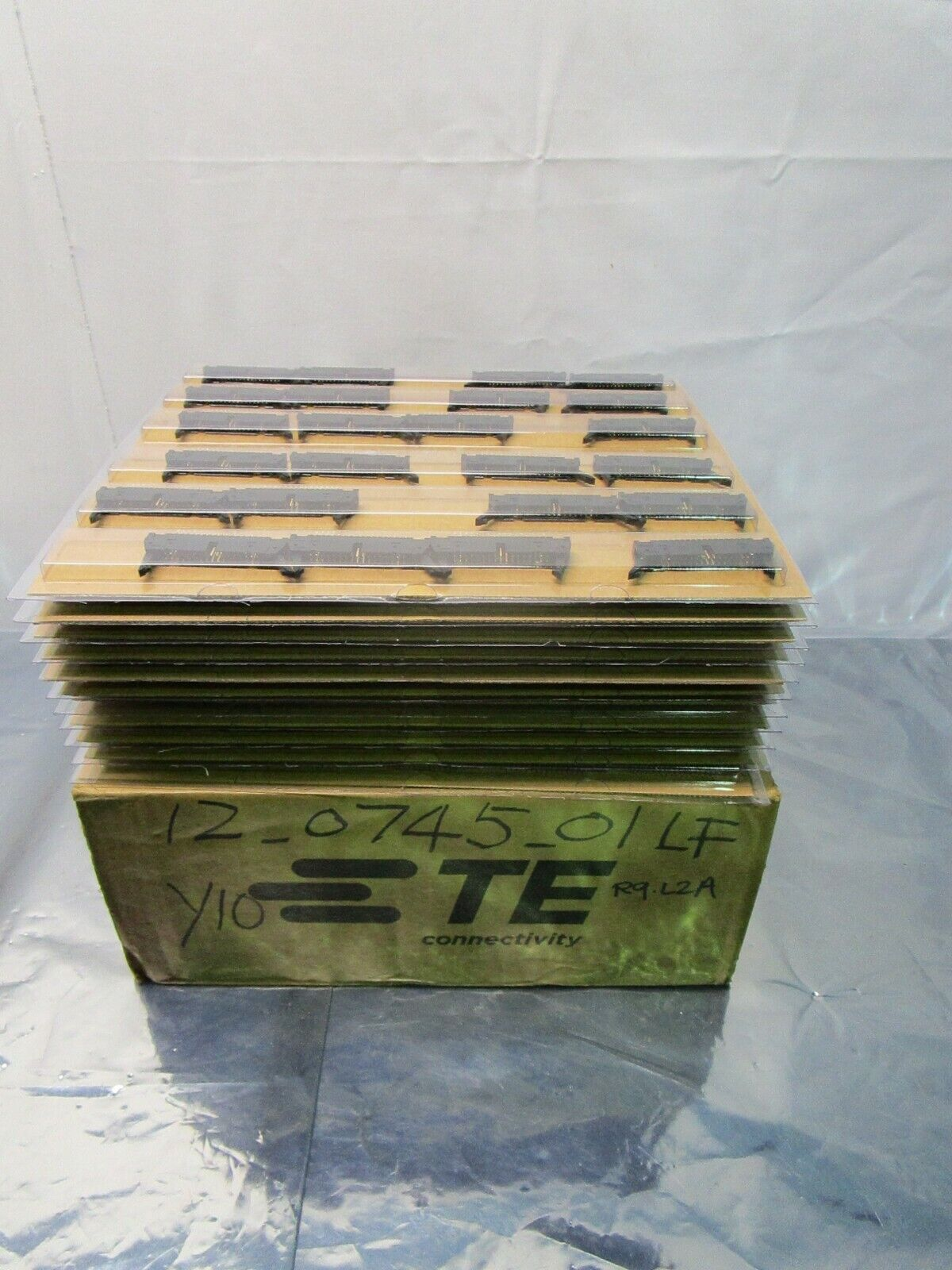 1 Lot of 268 TE Connectivity 5746443-8 Headers & Wire Housings A/L UNIV, 102397