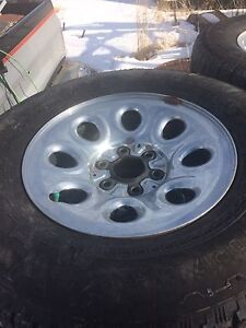 265/70 r17 set of four tires on rims