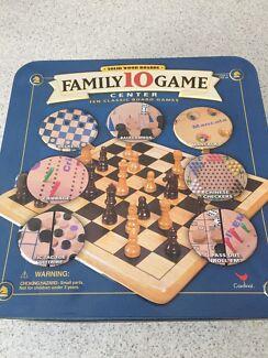 Family games back