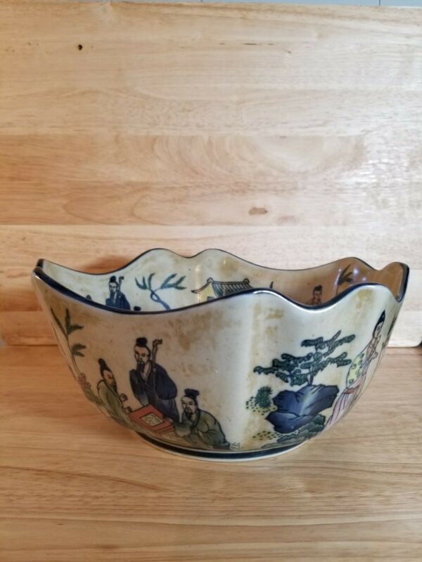 Vintage Asian Mottahedeh Large Square Scalloped Rimmed Decorative Bowl