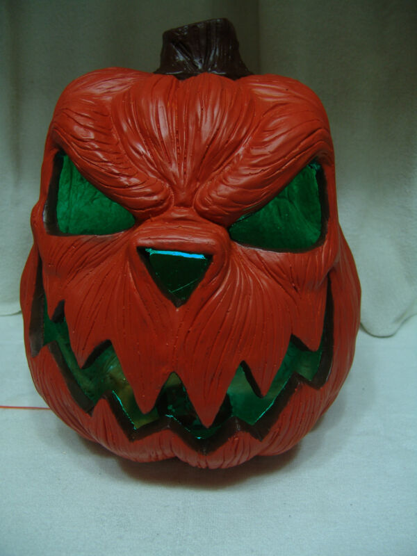 LG HALLOWEEN CERAMIC LIGHTED PUMPKIN W/CUTOUT COLOR CHANGING