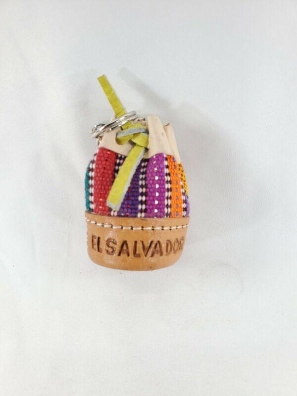 El Salvador LLavero De Bolsa De Cuero Handcrafted Salvadorian Leather Keychain