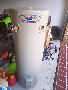 Water heater Engadine Sutherland Area Preview