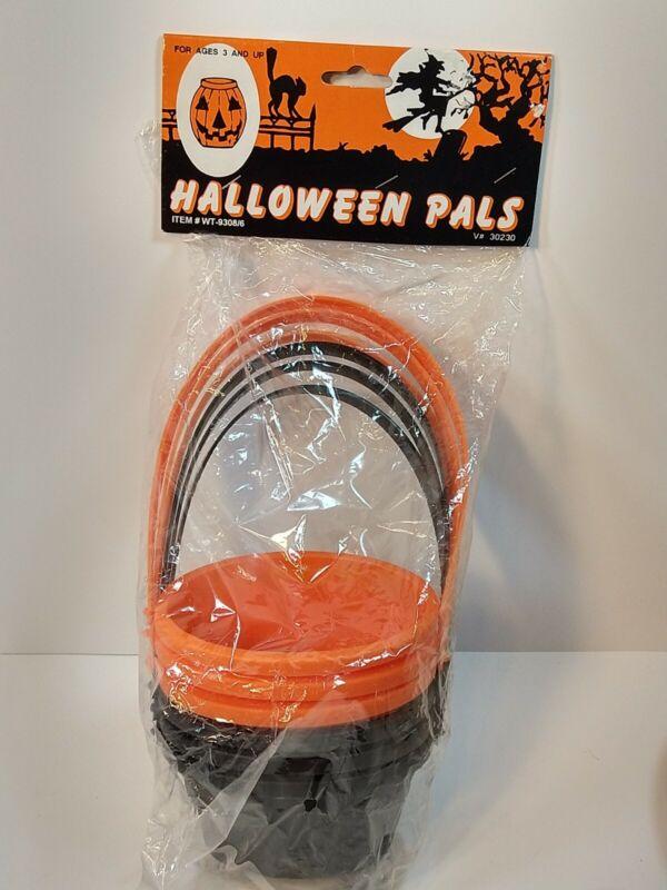Vintage Halloween Pals Hard Plastic Mini Baskets Set of 6 Sealed Party Favors