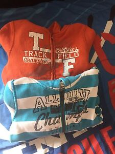 Two hoodies size 3t