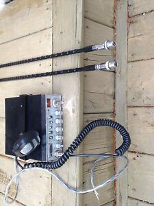 Cobra 29 Nightwatch Classic CB and 2 4 foot firestick whips
