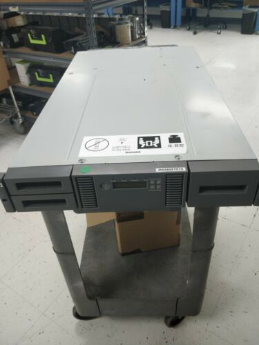 HP Storageworks MSL2024 Tape library no drives.