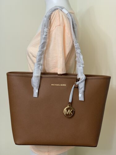 Michael Kors Jet Set Travel Medium Saffiano Leather Carryall