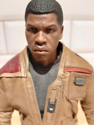 "Hot Toys Star Wars: The Force Awakens FINN 12"" Action Figure 1/6 Scale MMS345"
