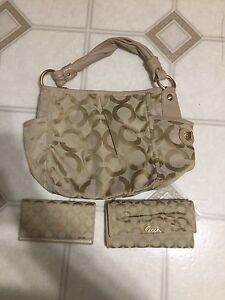 Coach purse and wallet set authentic