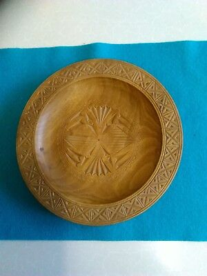 Wooden Bon Bon Dish with Hand Carved Decoration 7.5 inches Dia (288)