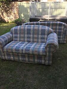 Free lounges - pick up ASAP Maryville Newcastle Area Preview