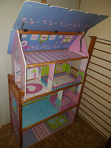 Doll house and furniture Toowoomba Toowoomba City Preview