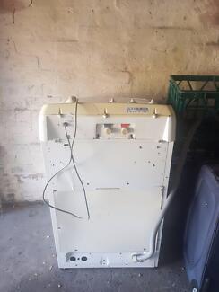 BROKEN - Simpson Espirit 550 toploader washing machine