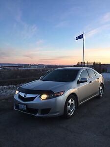 Sporty Acura TSX well maintained