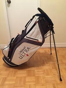Ultra light carry golf bag