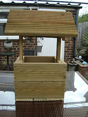 Large wishing well garden planter free postage in the uk