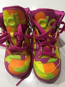 Addidas girls kids shoes size 7 Condell Park Bankstown Area Preview