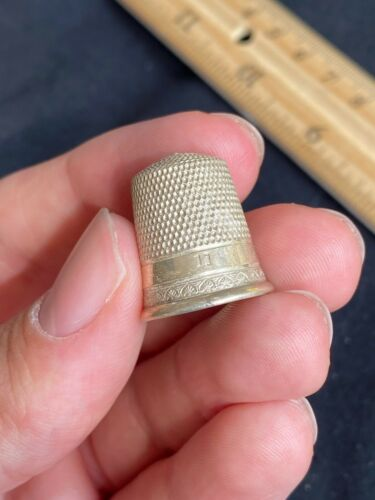 Antique Vintage Simons Brothers Bros Sterling Silver Sewing Thimble Shield #11